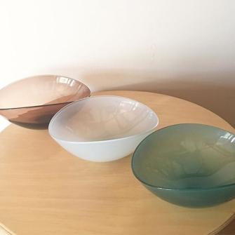 Lotus-bowl-in-Turquoise-Opal-and-Maple-for-HEATH-CERAMICS-SF-2017aw-heathceramicssf-studioprepa