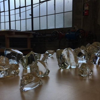 Glass-Works-STUDIO-PREPA-Katsuhisa-Hira-and-Mizuho-Hira